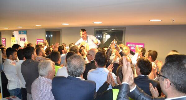 موفقیت بزرگ در انتخابات اتاق تجارت استانبول